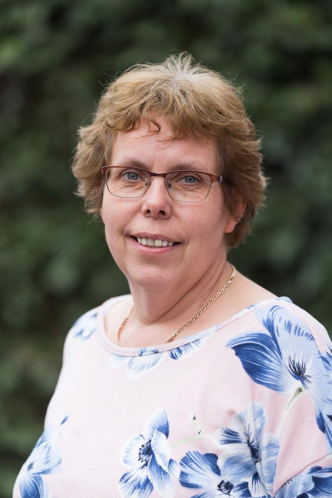 Petra Clausius, Büro- und Logistik